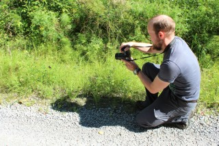 Usein tutkijalle riittää aseeksi kamera. Kuva: Tähtitalvikki Poikajärvi